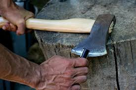 sharpening-axe